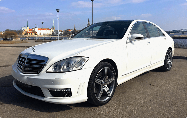 Riga Luxury Sedans - Mercedes Benz S Class White - Front View